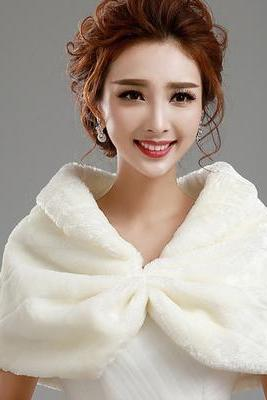 White Faux Fur Stole for Wedding, Discount Evening Fur Wrap, Party Fur Cape